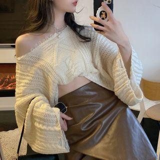 One-shoulder Cropped Sweater / Faux Leather A-line Skirt / Set