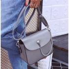Chain Detailed Shoulder Bag