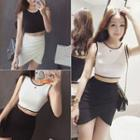 Contrast Trim Cropped Tank Top