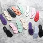 Flip-flops / Toe-loop Sandals