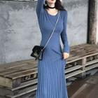 Plain Knit Long-sleeve Midi Sheath Dress