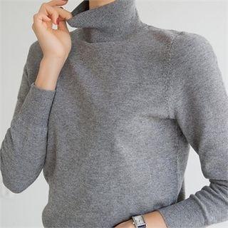 Turtleneck Plain Light Sweater