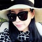 Retro Square Frame Sunglasses