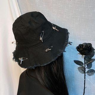 Cross Accent Bucket Hat Black - M