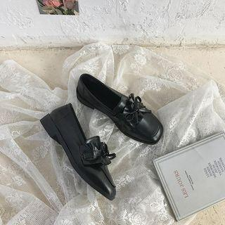 Ruffle Bow Loafers
