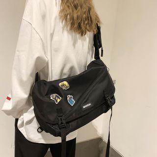 Lettering Zip Messenger Bag Black - One Size