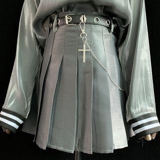 Buckled Pleated Mini A-line Skirt