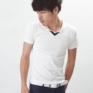 V-neck Contrast-trim T-shirt