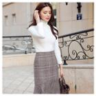 Slit-front Ruffle-hem Plaid Skirt
