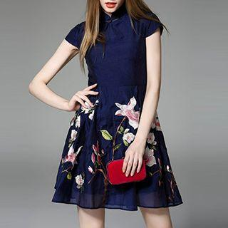 Embroidered Stand-collar Short-sleeve Dress