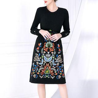 Long-sleeve Ribbed Embroidered Dress