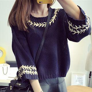 Embroidered 3/4 Sleeve Sweater