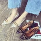 Print Pointed Flats