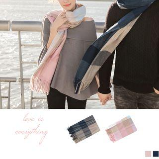 Couple Matching Checker Fringed Scarf