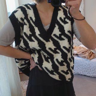 Houndstooth Pattern Knit Vest Black - One Size
