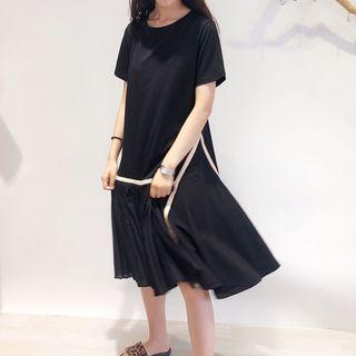 Short-sleeve Ruffle Hem Plain Dress Black - One Size