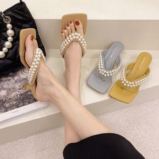 Faux Pearl Kitten Heel Flip-flops