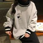 Footballer Embroidered Sweatshirt Gray - One Size