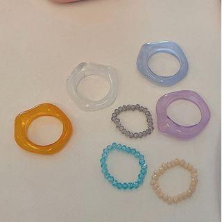 Set Of 2 : Acrylic Ring + Bead Ring