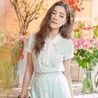 Short-sleeve Frilled Floral Blouse
