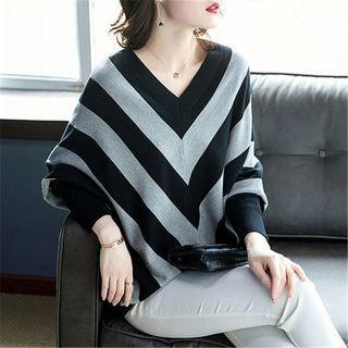 V-neck Striped Sweater Black & Gray - One Size