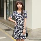 Short-sleeve Print Dress