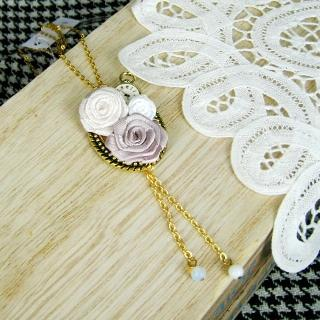 Ladies Tea House Necklace