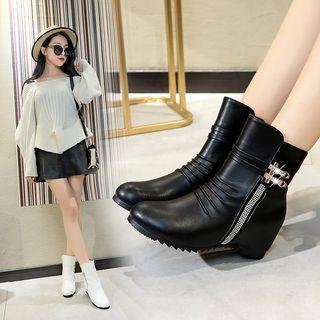 Zip-side Hidden Wedge Platform Short Boots