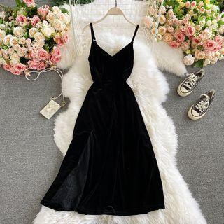 V-neck Spaghetti-strap Velvet Maxi Dress Black - One Size
