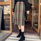 Woolen Plaid H-line Skirt