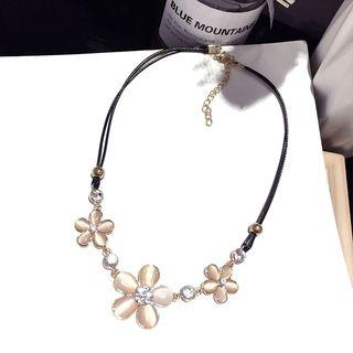 Cat Eye Stone Flower Necklace Gold - One Size