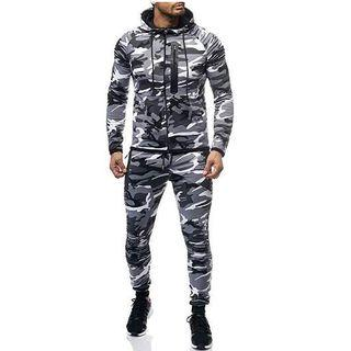 Set: Sports Camo Jacket + Sweatpants