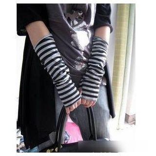 Stripes Knit Gloves