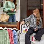 Round-neck Check Knit Top