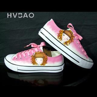 "Wink"" Canvas Sneakers"