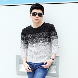 Gradient Round-neck Sweater