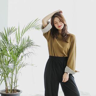 Drop-shoulder Stripe-cuff T-shirt