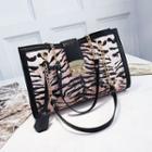 Chain Detail Leopard Print Shoulder Bag
