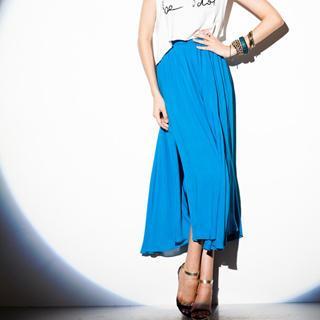 Slit-side Maxi Skirt
