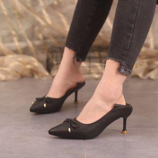 Bow-accent High-heel