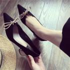 Chunky-heel Pointy-toe Bow-accent Pumps