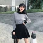 Turtleneck Plaid Long-sleeve Knit Top / High Waist A-line Skirt