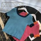Square-neck Color-block Skinny Knitted Short-sleeve Crop Top