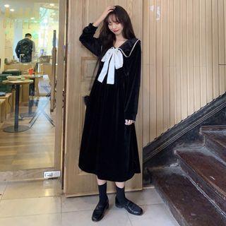 Collared Long-sleeve A-line Midi Velvet Dress Black - One Size