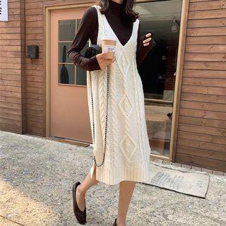 Sleeveless Cable Knit Midi Dress