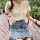 Short-sleeve Button Lace Top