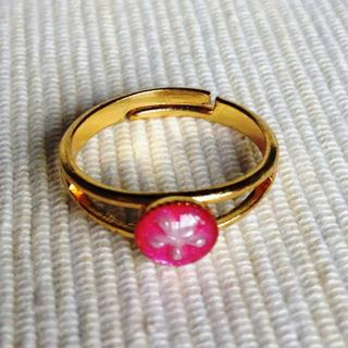 Resin Little Snowflake Ring (pink) One Size