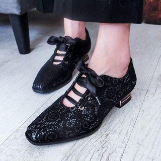 Heeled Lace-up Shoes