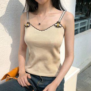 Sleeveless Bee Embroidery Knit Top