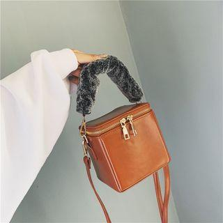 Box Bucket Bag